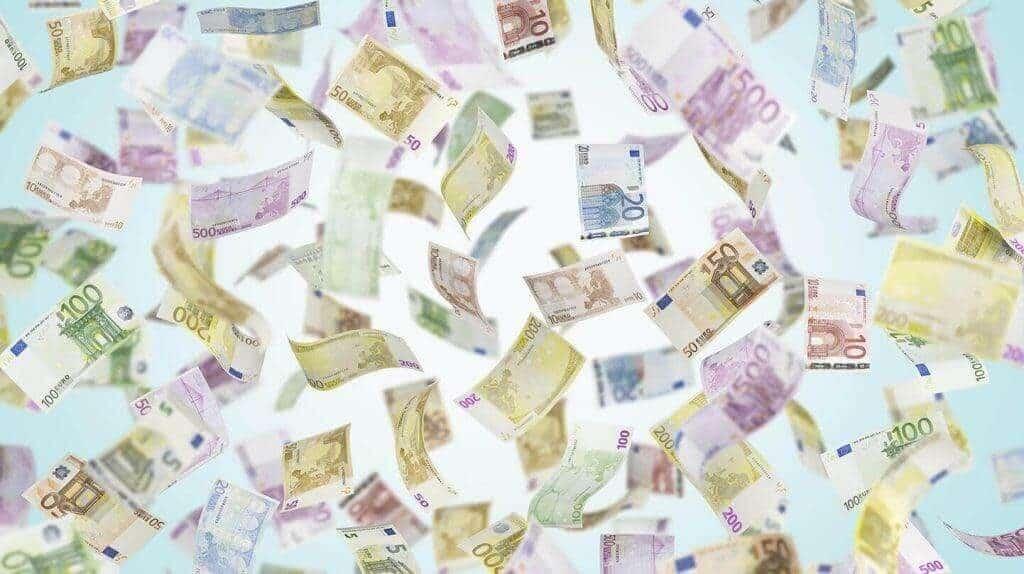 ilmaista pelirahaa - 5€, 10€, 20€ seteleitä rahaa